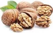 Les noix sont riches en oméga-3 facilitent l'action de la sérotonine